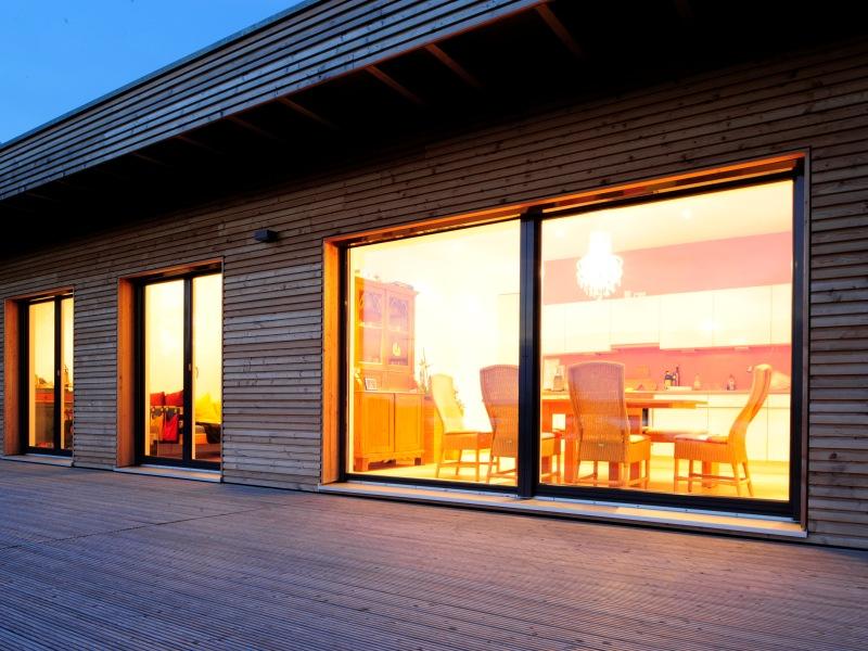 fertighaus von baufritz bungalow modern. Black Bedroom Furniture Sets. Home Design Ideas