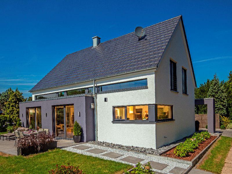 Massivhaus modern satteldach  Massivhaus von BAUMEISTER-HAUS - Haus Vettel
