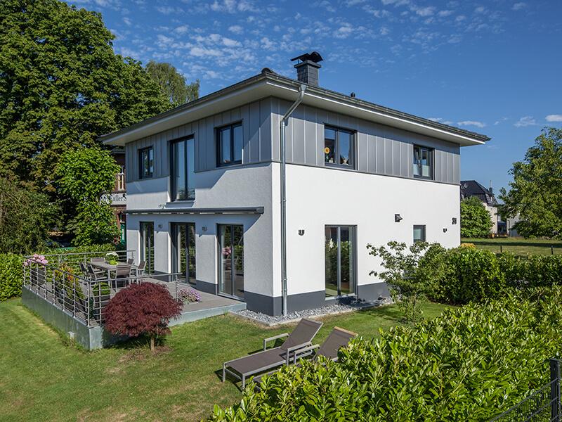 modernes massivhaus von baumeister haus haus engelhardt. Black Bedroom Furniture Sets. Home Design Ideas