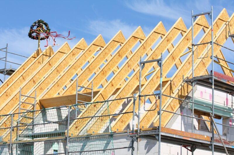 Hausbau zeichnung  Hausdächer: Worauf sollte man beim Hausbau achten?