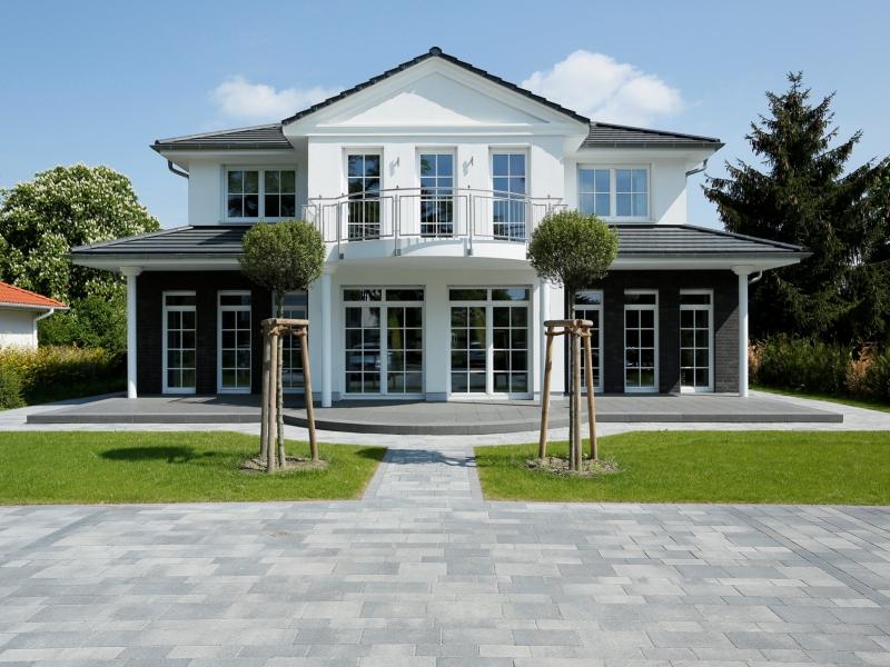 Heinz von heiden musterhaus villa falkensee traumhaus for Einfamilienhaus falkensee