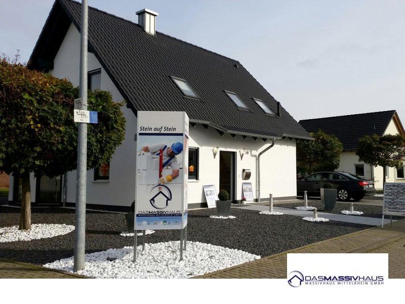 okal haus musterhaus m lheim k rlich hausnummer 127. Black Bedroom Furniture Sets. Home Design Ideas