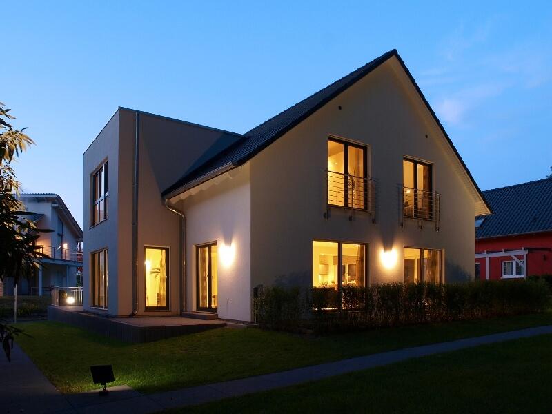 smart homes bieten wohnkomfort und unterst tzung im alter. Black Bedroom Furniture Sets. Home Design Ideas