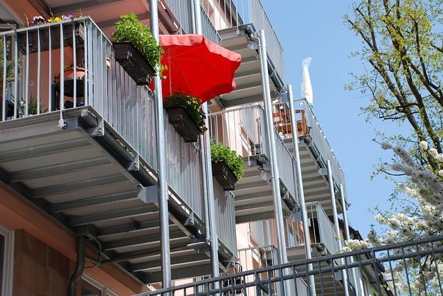 so finden sie den richtigen sonnenschutz f r ihre terrasse. Black Bedroom Furniture Sets. Home Design Ideas