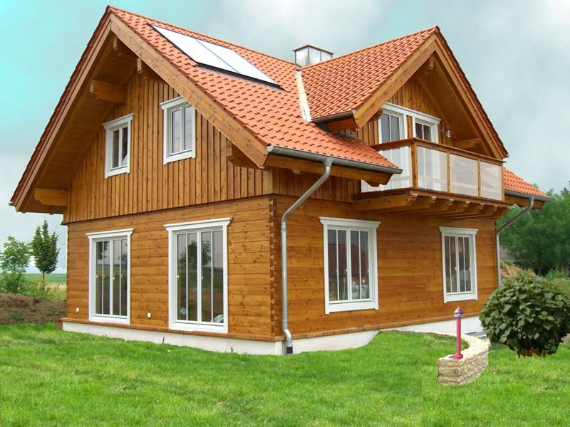Holzhaus von tirolia haus rheintal for Blockhaus innen modern